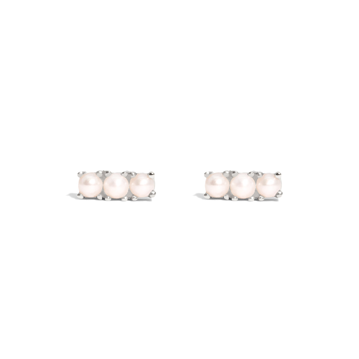 The Silver Pearl Cloud Trio Stud Earrings