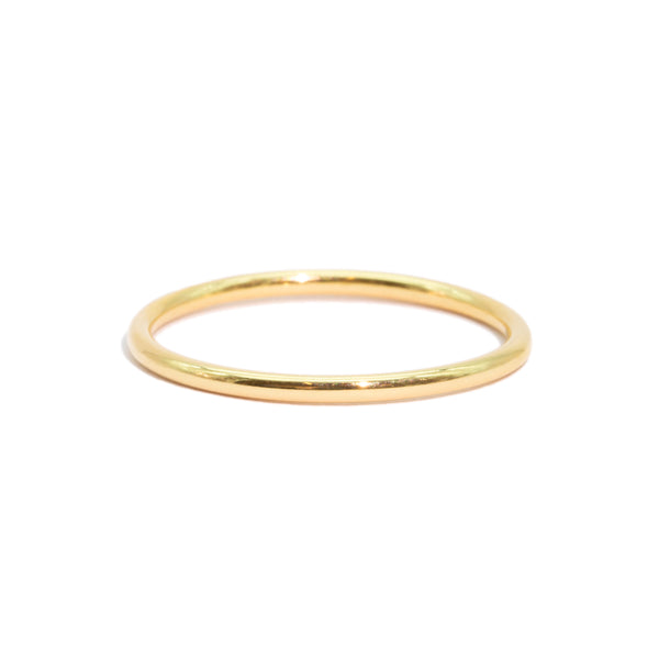 The Gold Fine Line Ring
