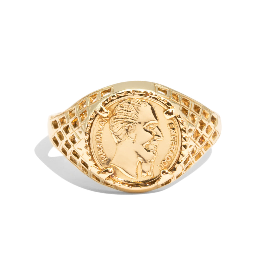 The Alejandro Vintage Signet Ring