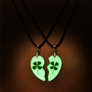 Glowing In The Dark 2pcs Heart Lovers Necklace