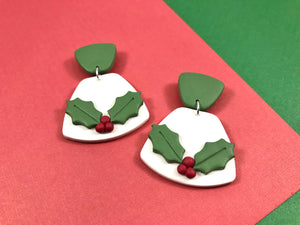 Holiday Holly Earrings 2
