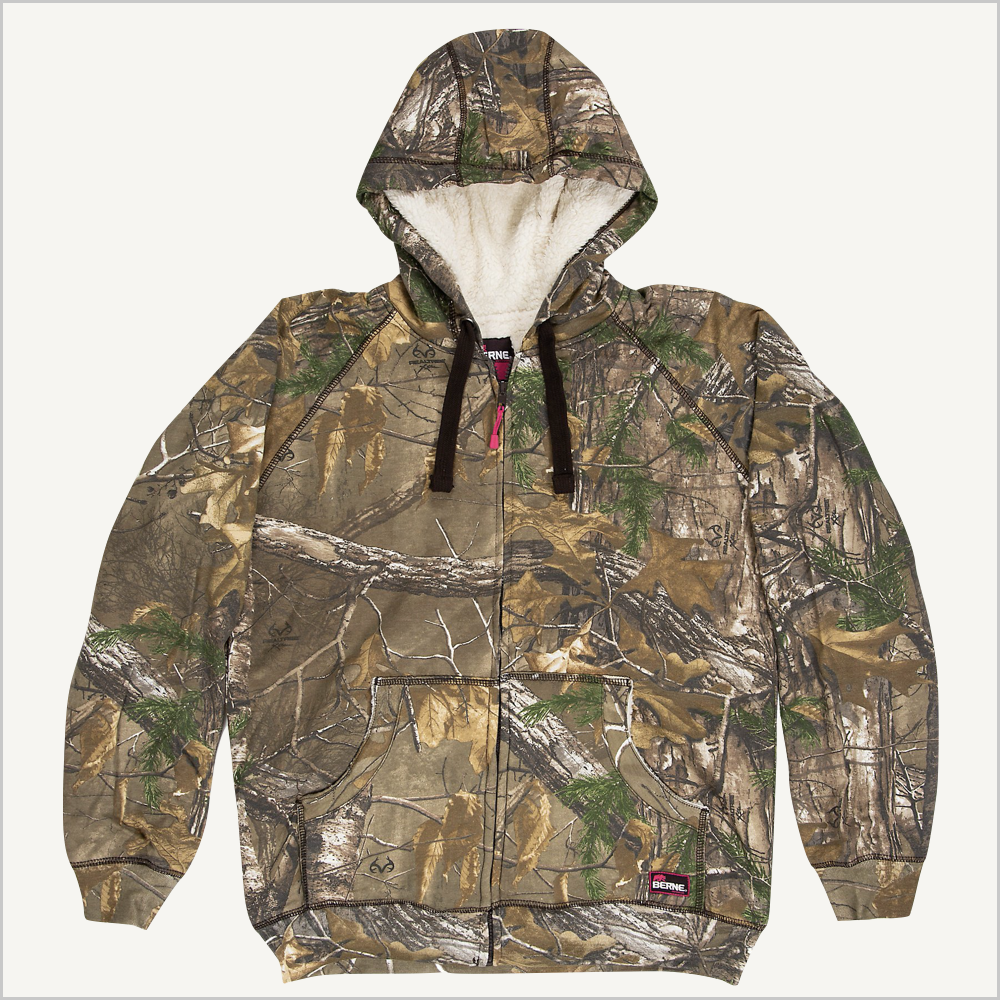 Front view of Berne Women's Velvet Zip-front Sweatshirt in Realtree.