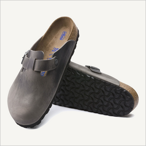 Top view and view of tread of Birkenstock Boston Clog in Iron oiled leather
