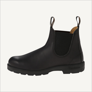 Side view of Blundstone 558 Pull on boot in black