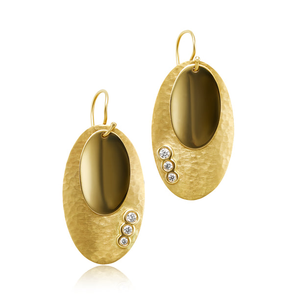 Hammered Gold Earrings with 0.28 ctw Diamonds in 18kt YG