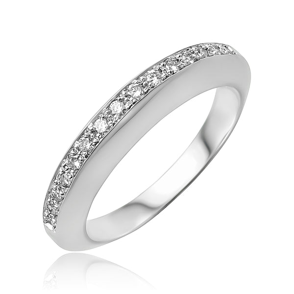 0.15 ctw Round Brilliant Cut Diamond Wedding Band in 18kt WG