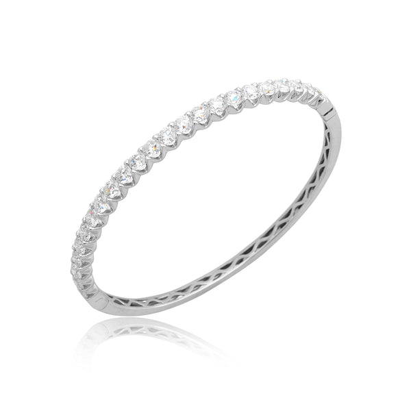 6.15ctw Round Brilliant Cut (RBC) Diamond Bangle in 18kt WG