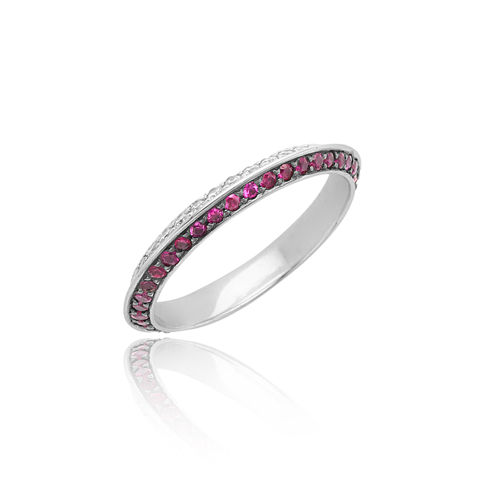 0.41ctw Diamond & 0.55ctw Ruby Knife Edge Eternity Band in 18kt WG