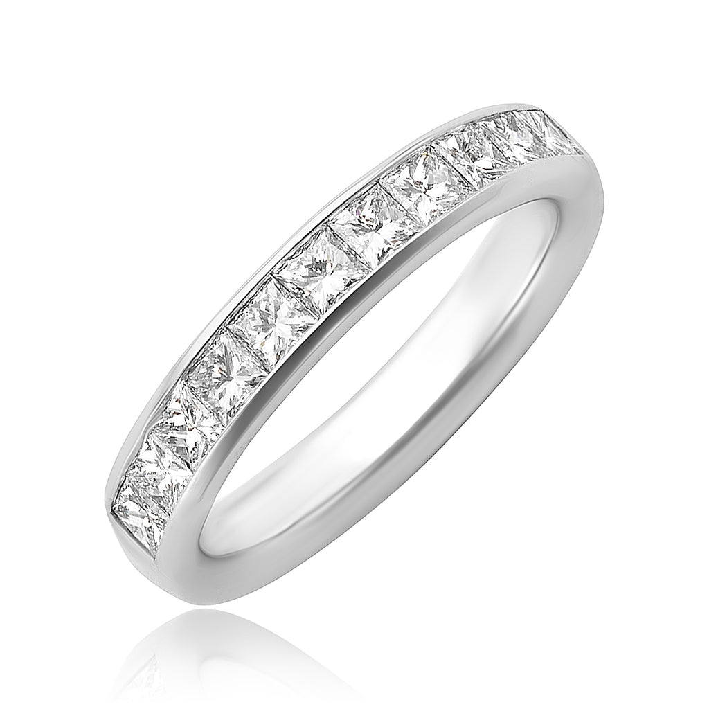 0.96 ctw Princess Cut Diamond Chanel Set Band in 18kt WG