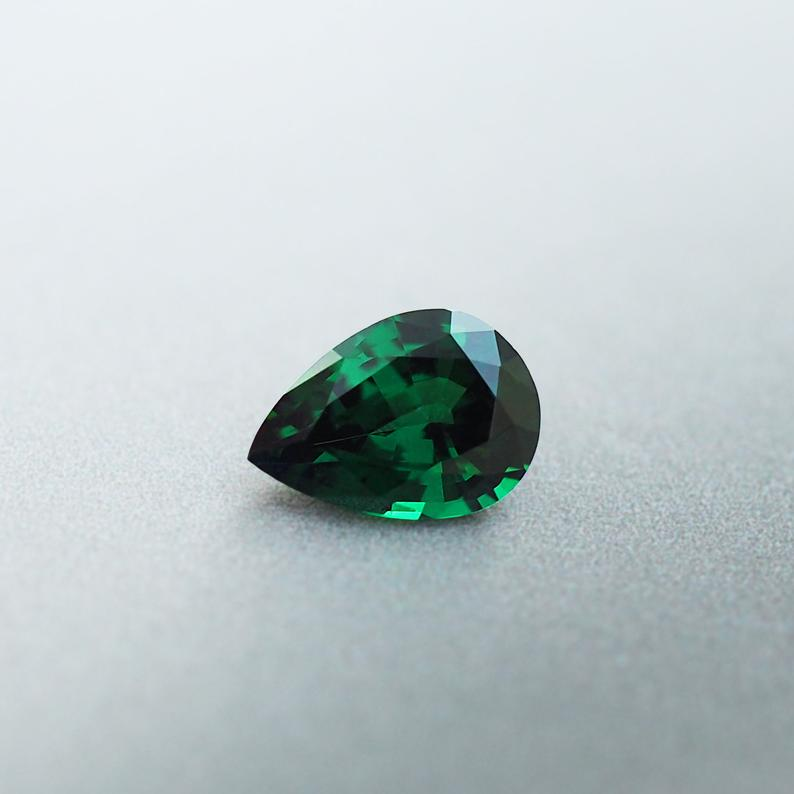 0.76CT Green Garnet, Pear Cut, Madagascar