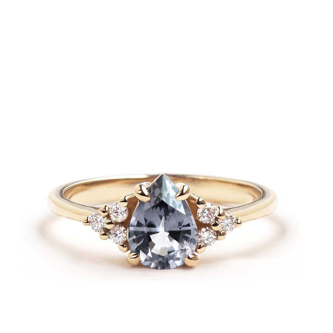Grey Spinel Flora Ring