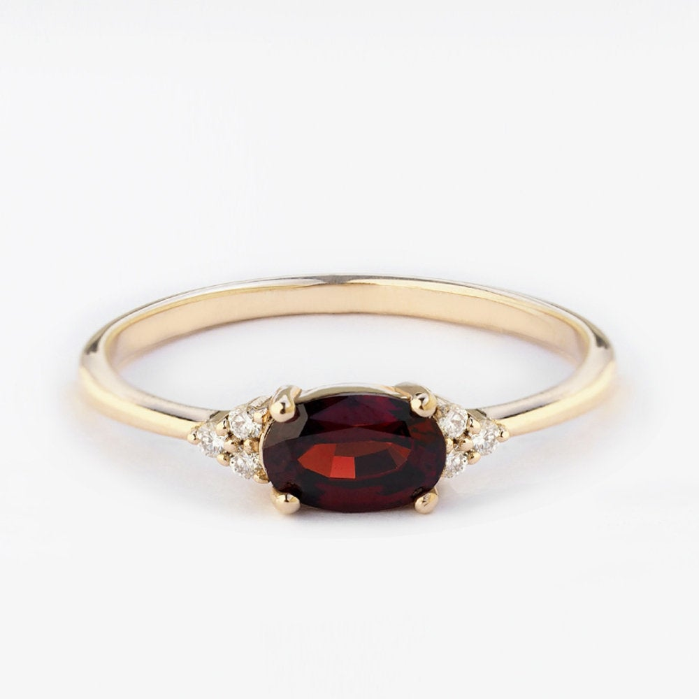 by-joy-fine-jewelry-garnet ring