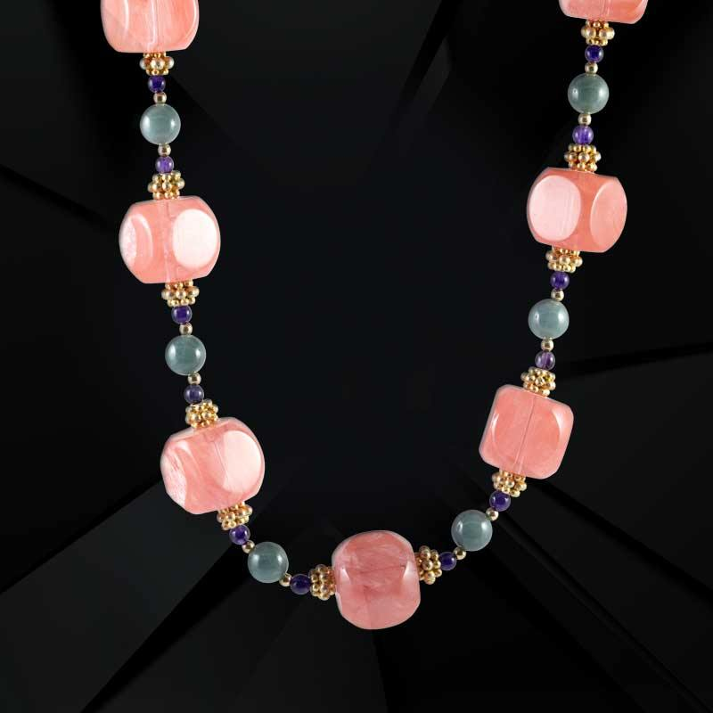 Fuchsia Necklace