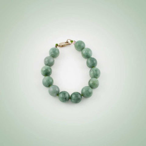 Dark green Jade beaded bracelet