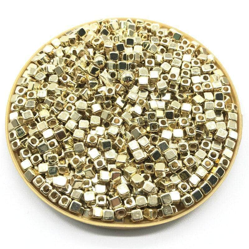Ooala Gold Pumpbits 200Pcs 4mm CCB Acrylic Plated Square Seed Space Beads for DIY Jewelry Making Supplies 31994044-04