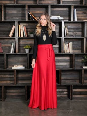 1214. High waist, A-line maxi skirt, loose fit, waistband, waist tie