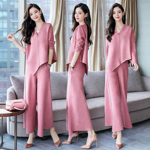 In the autumn of 2018, the new women's deerskin velvet fashion two-piece suit chic Hong Kong style mature goddess fan suit