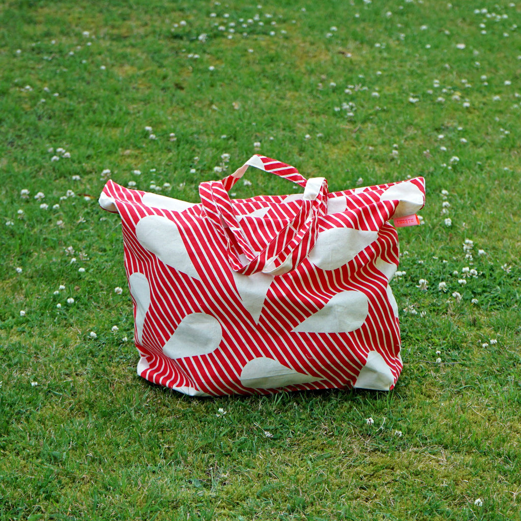 Red Water Drop Tote Bag