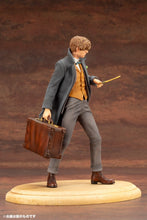 Load image into Gallery viewer, Kotobukiya Fantastic Beasts Newt Scamander