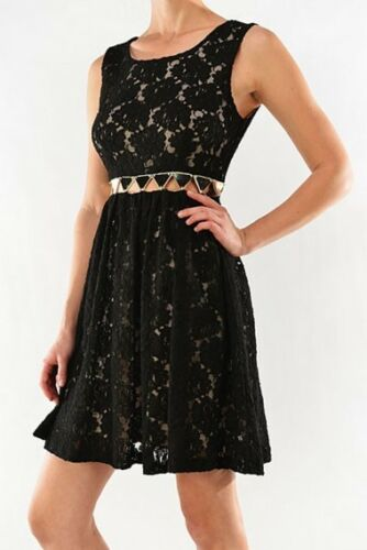 FLORAL CUT OUT LACE DRESS