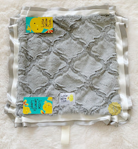 Sterling Lattice Blanket
