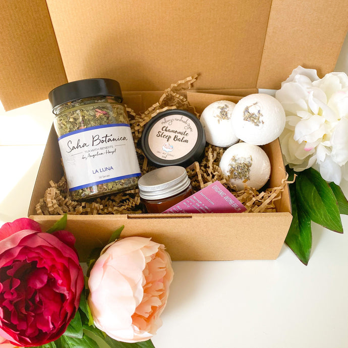 'The Lotus Collective: Your Fertility Journey' Box