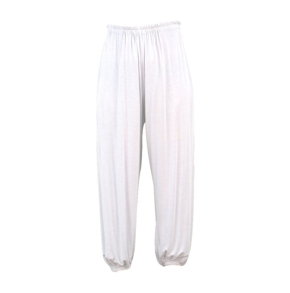 designer-white-tracksuit-womens-fashion-travel-wear-for-ladies