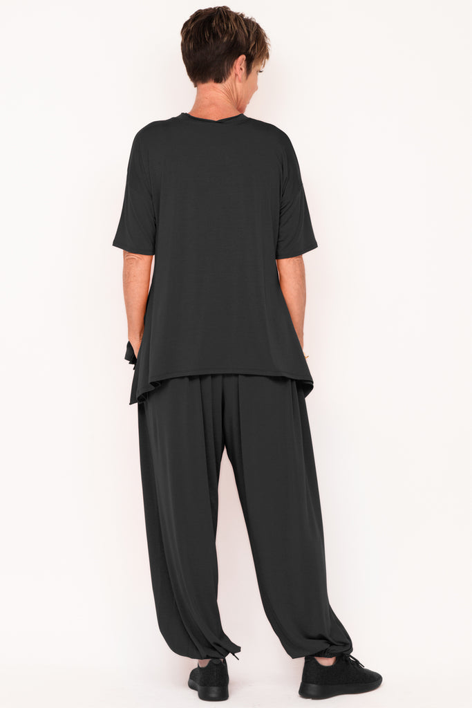 healthy-aging-fit-after-60-designer-womens-tracksuit-black-menopause