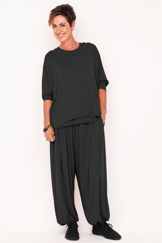 healthy-aging-fit-after-40-designer-womens-tracksuit-black-menopause