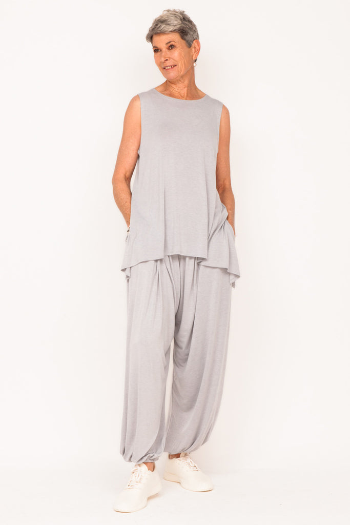 sleeveless-tank-cloud-track-pant-cloud-grey-track-suit-womens