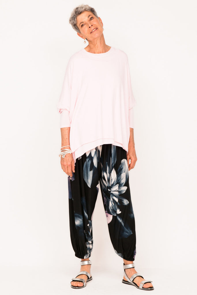 womens-resort-wear-designer-tracksuit-pant-healthy-aging-fit-after-50