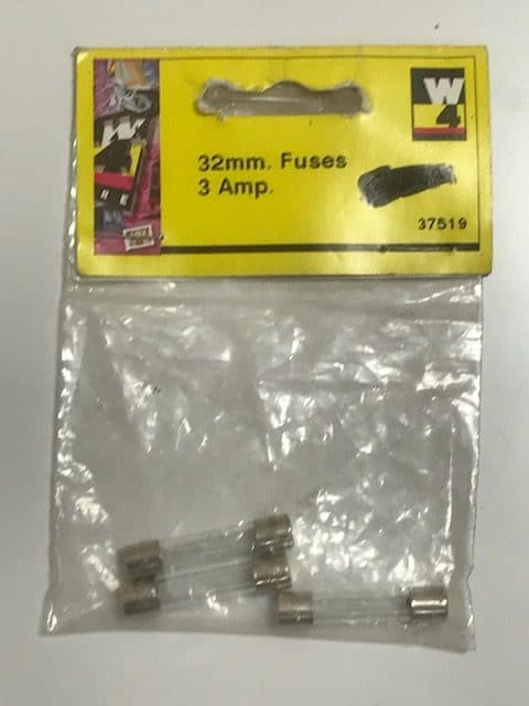 32mmFuse 3Amp Pack of Three 37519 - Caratech Caravan Parts