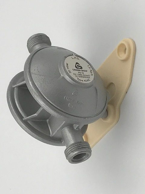 Gas Regulator - Type 424 - 30 mbar 1.5kg/h - GPL / LPG- 34-005 - Caratech Caravan Parts