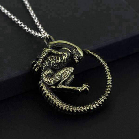 Collier Dragon Alien