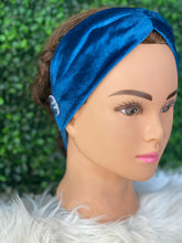 Load image into Gallery viewer, Teal Suede Twist Head Band