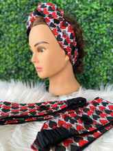 Load image into Gallery viewer, Queen of Hearts Bow Head Band