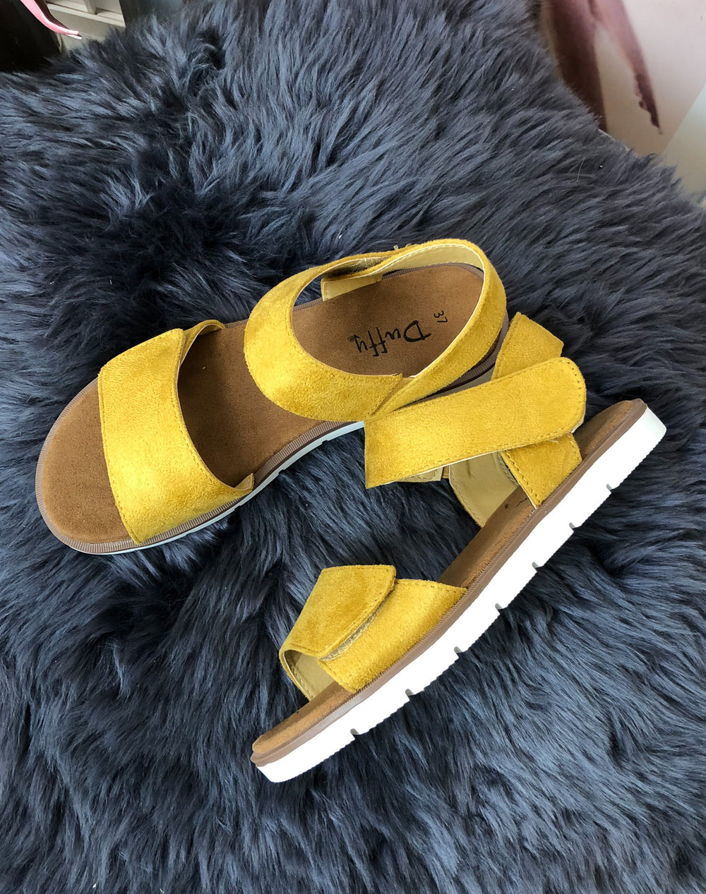 Duffy 7599501 sandal yellow