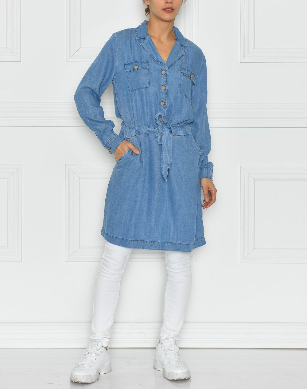 B.young BYlana dress blue denim - Online-Mode