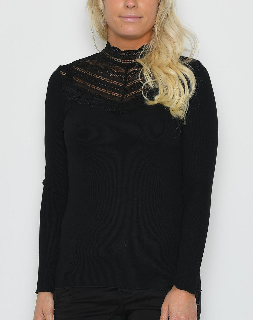B.young BYToella LS lace t-shirt black - Online-Mode