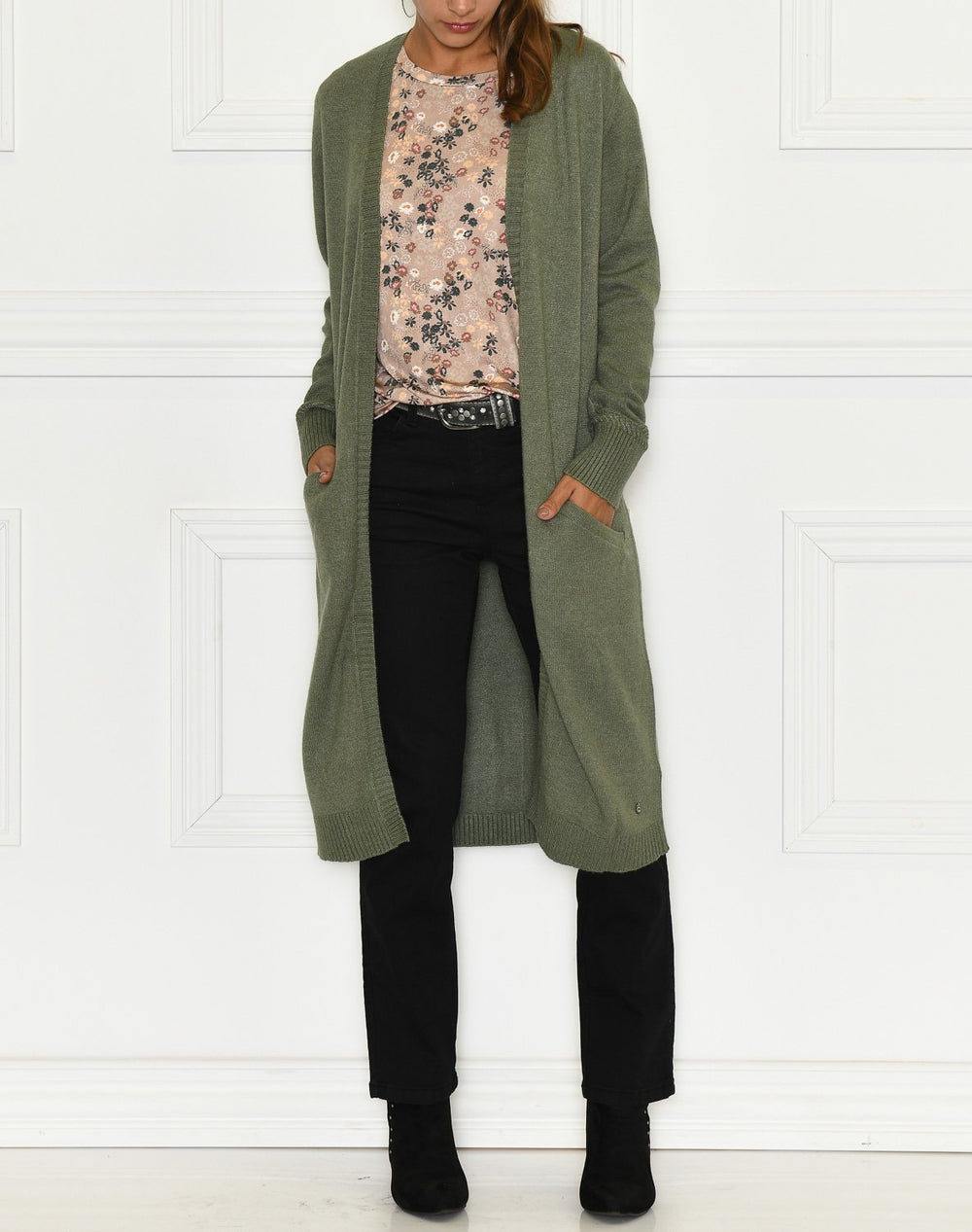 Cream DelaCR cardigan eco vero oil green melange - Online-Mode
