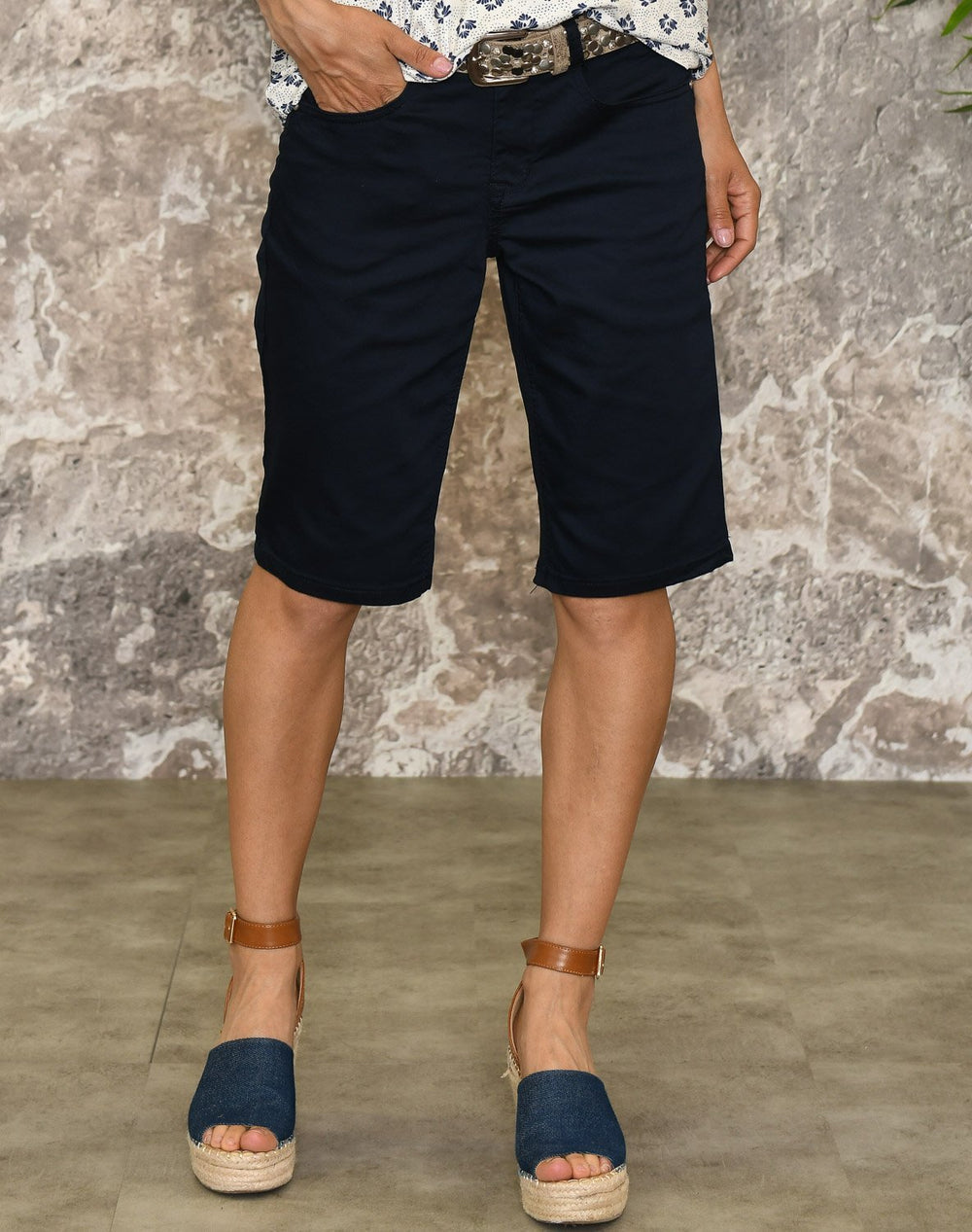 Cream VavaCR shorts royal navy blue - Online-Mode
