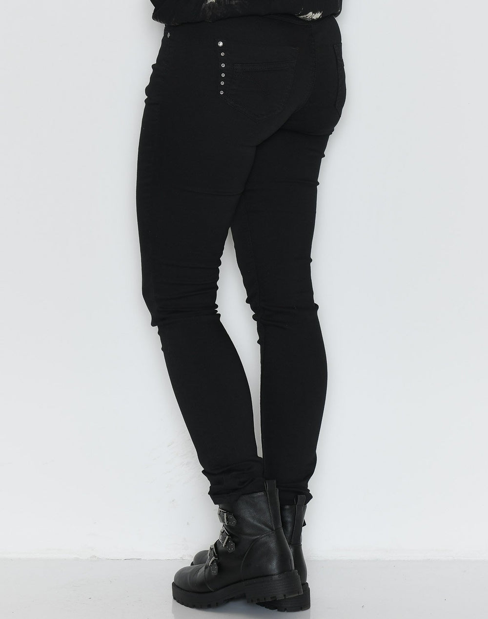 Culture Cajsa Jeannina pant black - Online-Mode