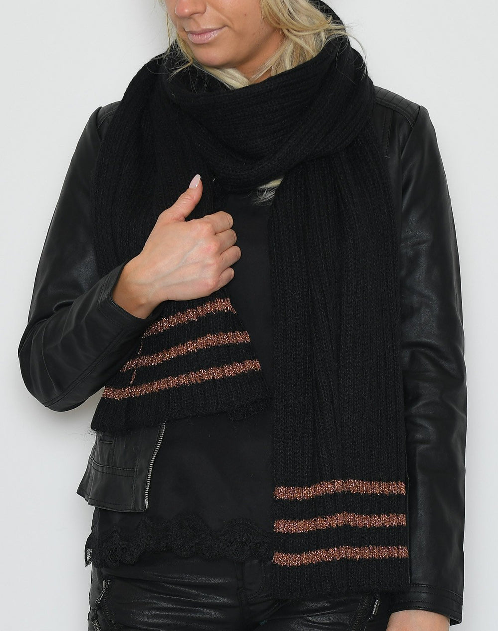 Culture CUjohanne scarf black - Online-Mode