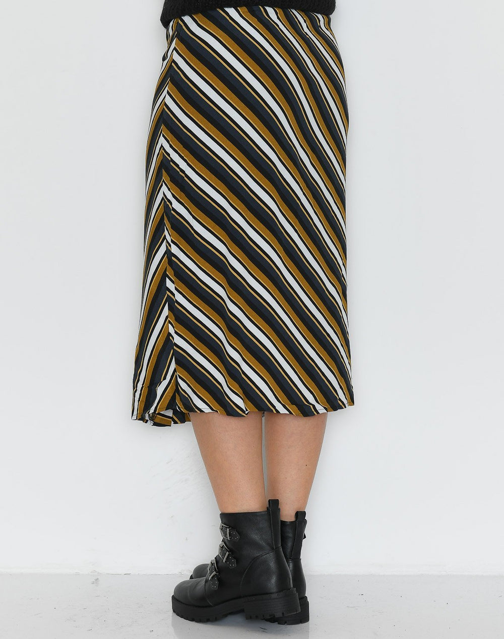 Culture CUrosalinde skirt black - Online-Mode