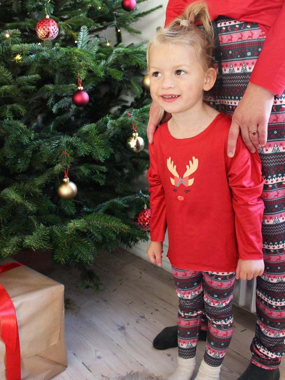 Forudbestilling - Liberté Alma LS top (KIDS) x-mas 20 red (slut november) - Online-Mode