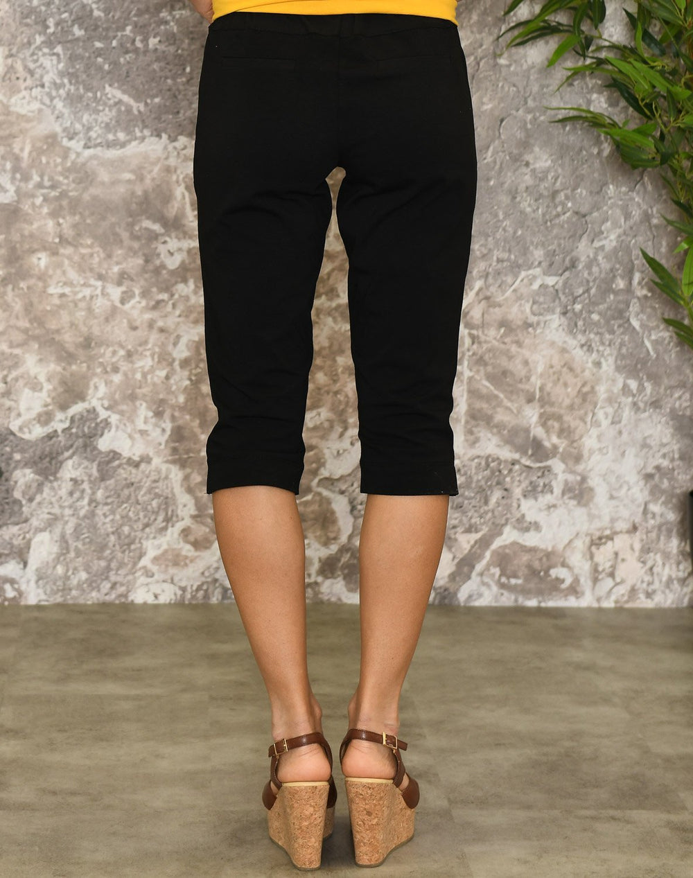Kaffe KAjillian Vilja capri pants black deep - Online-Mode