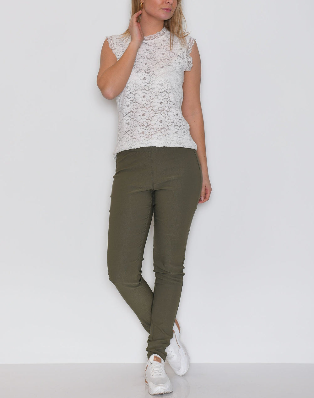Kaffe KAjoleen pants grape leaf - Online-Mode