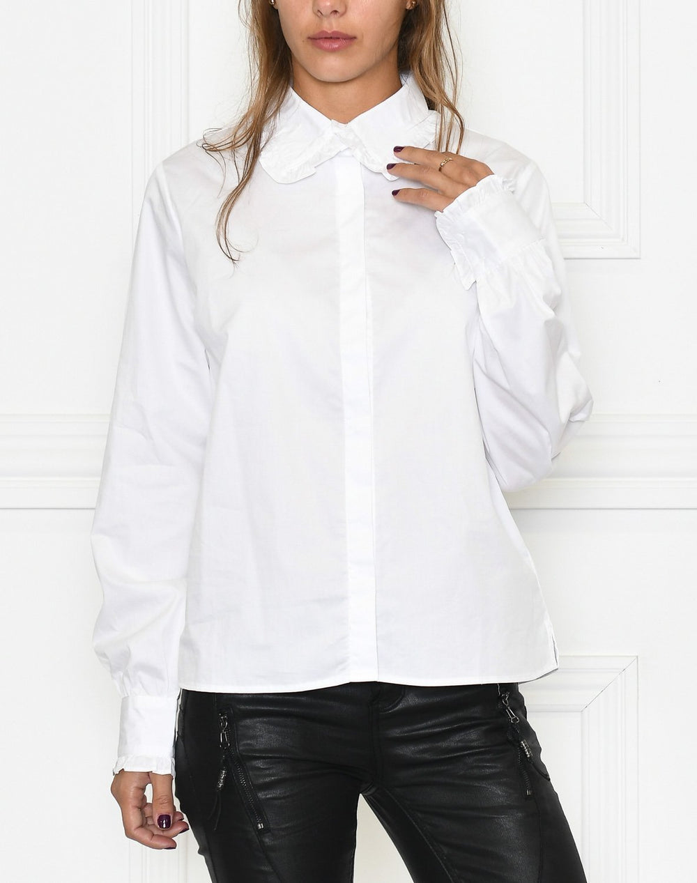 Liberte Sia shirt white - Online-Mode