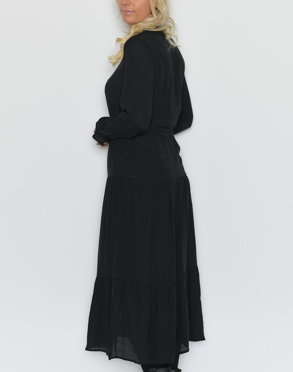 Luxzuz Geraldine dress black - Online-Mode