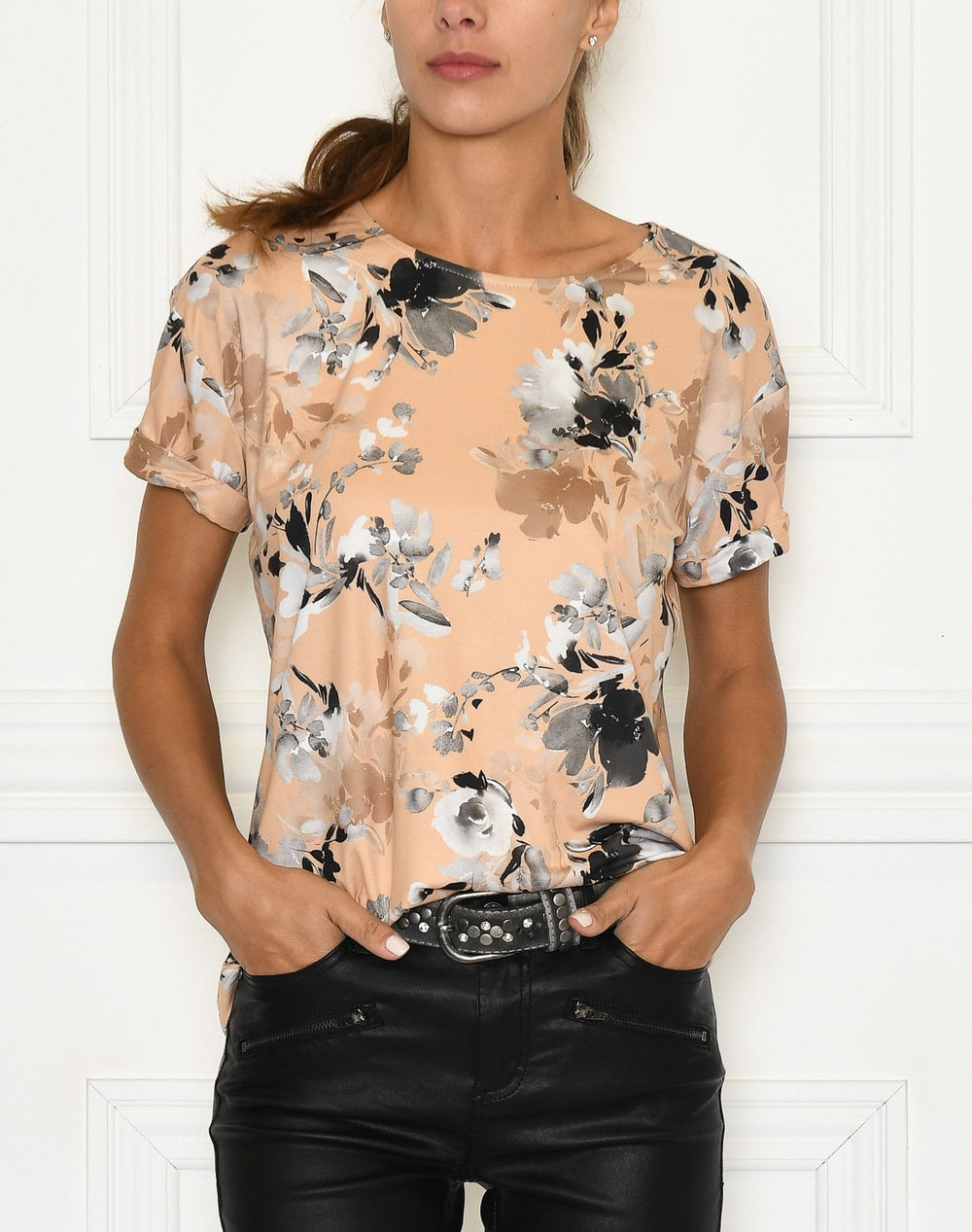 Luxzuz Karin t-shirt leather - Online-Mode